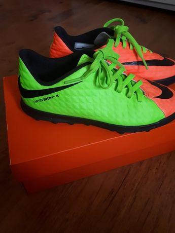 Nike JR Hypervenomx roz 34, Korki, piłka nożna