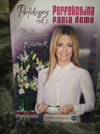 """Książka """"Perfekcyjny rok"""" z Małgorzatą Rozenek."""