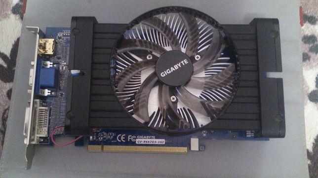 Продам Видеокарта GIGABYTE AMD Radeon HD6670