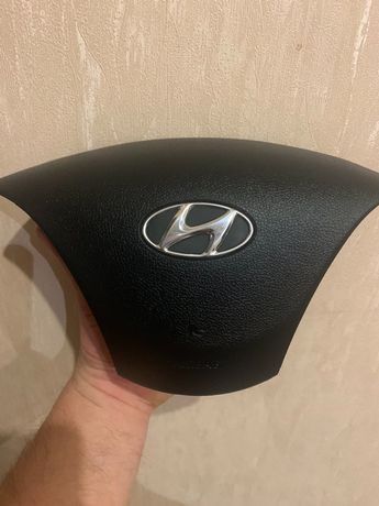 Подушкабезопасности водителя (руля)Hyundai Elantra '11-16г