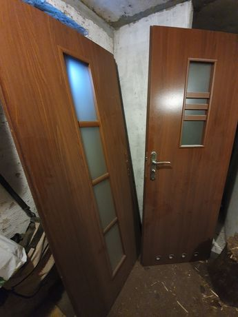 Sprzedam 4 pary drzwi (lekko poobijane)