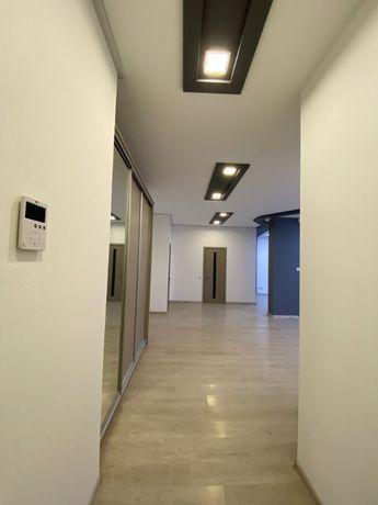 офис 120 кв.м, нежилой фонд, метро Печерская, Коновальца 36-е