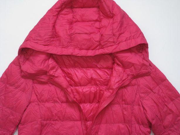 Розовый ультра легкий пуховик с капюшоном. Uniqlo Размер S