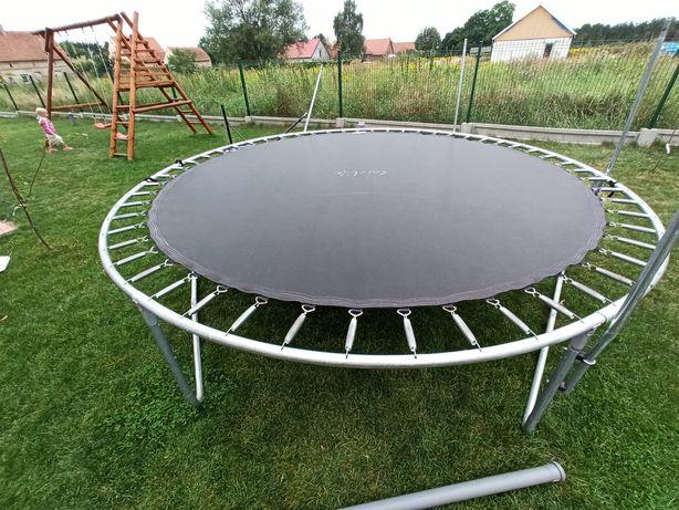 Mata do trampoliny