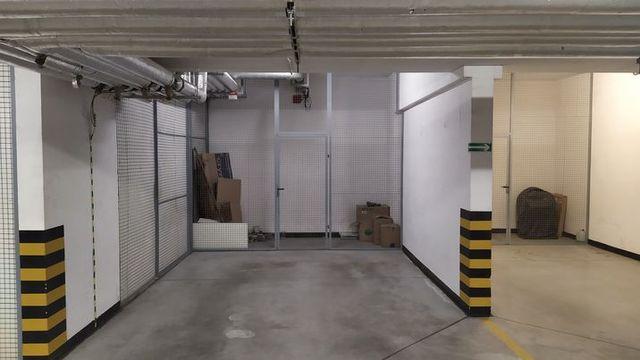 WYNAJMĘ miejsce postojowe w garażu podziemnym Osiedle Trzy Żagle