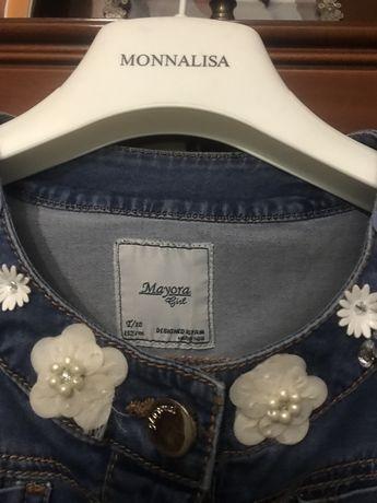 Продам джинсовую куртку Mayoral,р.152