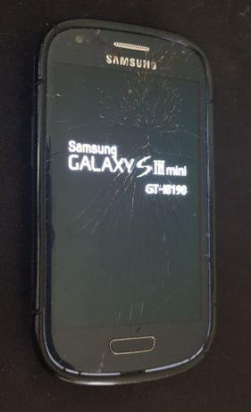 Samsung Galaxy S3 mini, sprawny, pęknięcia na szybce