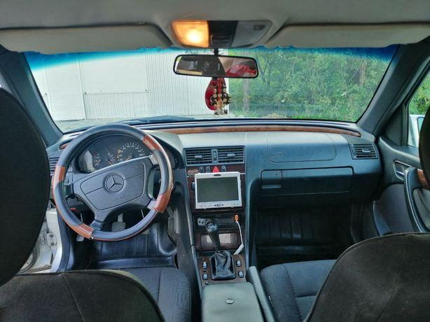 Продам терміново авто за детальною информацією  звертатися за тел