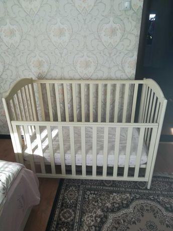 Детская кроватка Верес + матрас и подарок.