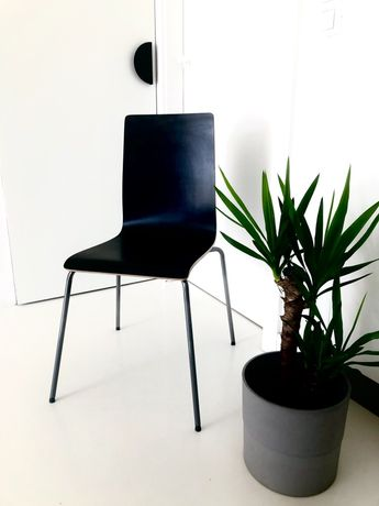 Krzesło czarne Ikea Martin