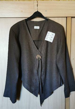 Szykowny trzyczęściowy komplet - żakiet, spódnica, spodnie.