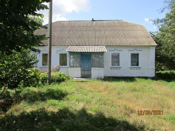Продам дом в Киевской области.