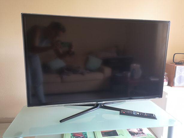 """TV da marca Samsung 40"""""""