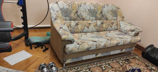 Мягкий диван с креслами
