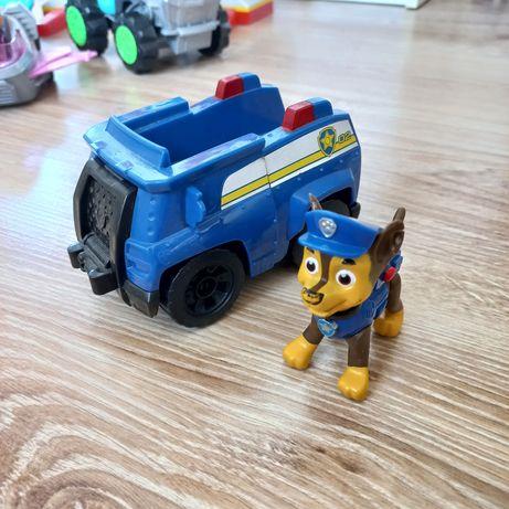 Chase psi patrol figurka + pojazd wóz