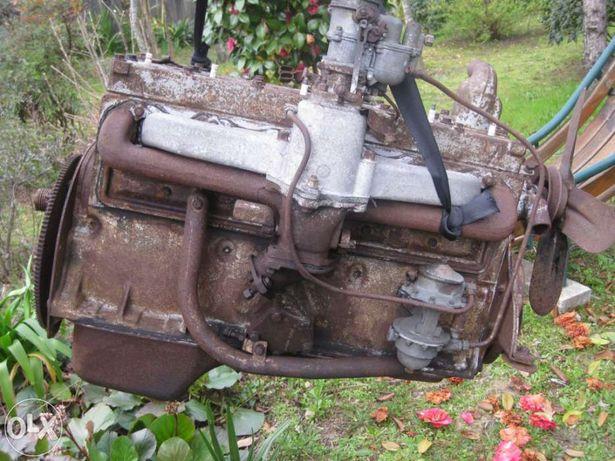 Motor Antigo Gasoli. Classico