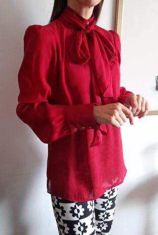 Reservada-Blusa Zara vermelha, com laçada. Tamanho S