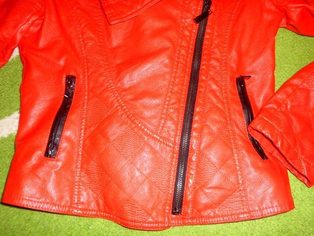 Kurtka na wiosnę czerwono-czarna skóra ekologiczna M stan idealny