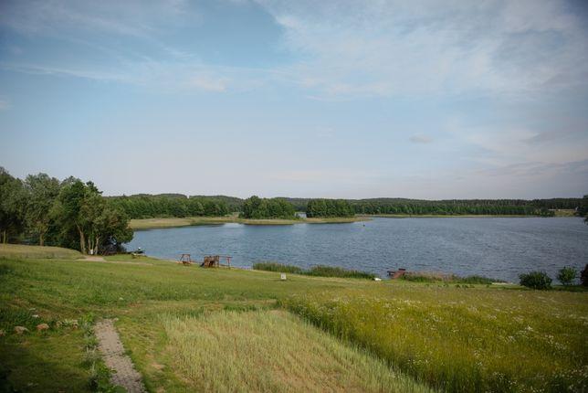 Domek  z widokiem na jezioro Wielkie Leżno