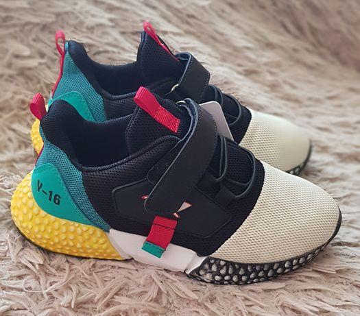 Кроссовки туфли мега крутые. 21,5 см