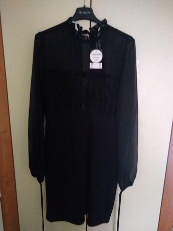 Sukienka czarna z koronką r 36, Nowa