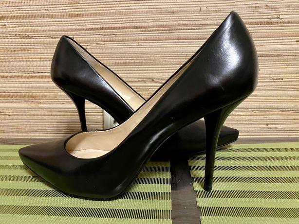 Zara collection woman , АБСОЛЮТНО НОВІ!41р Мешти, туфлі,лодочки шкіра