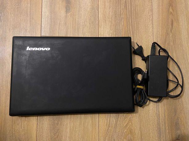 Lenovo Ideapad N581 - i5 - SSD