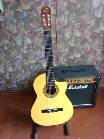 Продам классическую гитару Admira Sombra EС