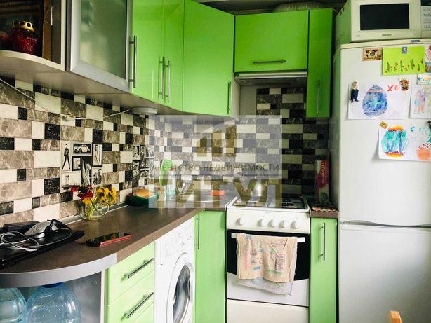 Продается 2к квартира, Жовтневый район, кв. Комарова