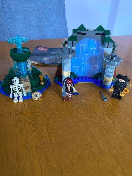 Klocki LEGO 4192 Pirates of the Caribbean - Fontanna młodości