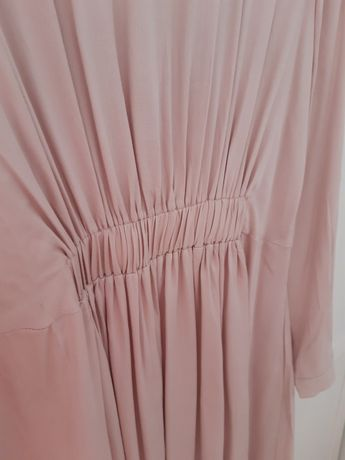 Sukienka rozmiar 36 S Mohito Femestage różowa z długim rękawem