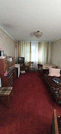 Продам 2-х комн. квартиру в центре пос. Юбилейный, ул. Ленина.