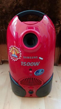 Продам пылесос Samsyng 1500W на запчасти или ремонт