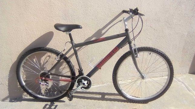 Bicicleta de Btt Shimano roda 26 de adulto em estado novo