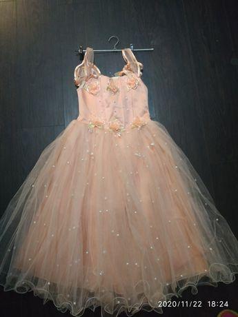 Нарядное платье, бальное платье, платье на утренник, выпускной
