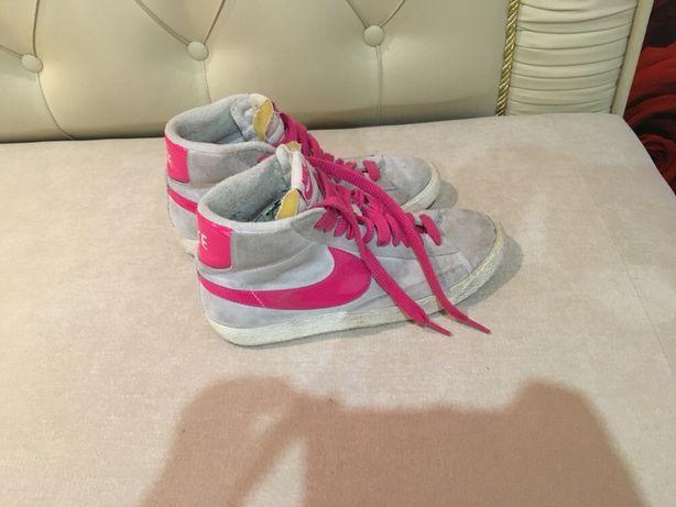 Кроссовки кеды Nike оригинал 37/38 размер