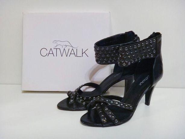 Nowe sandały Catwalk Deichmann. Ćwieki, rozmiar 38, czarne Gladiatorki