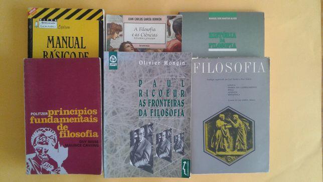 Diversos livros sobre Filosofia
