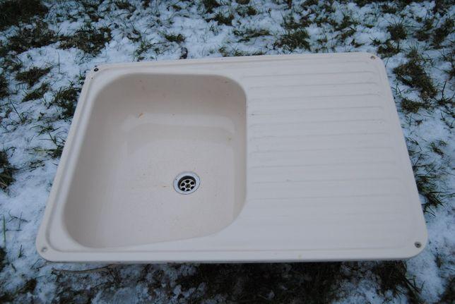 Kamper przyczepa zlewozmywak ze zpustem wody