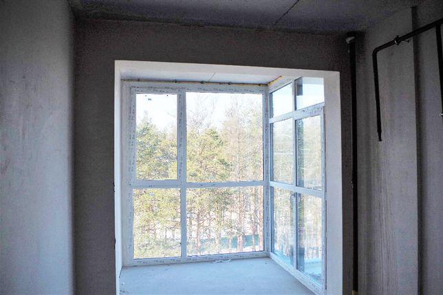 Продается 1 квартира. Кухня студия, панорамные окна. Детсад. Лес