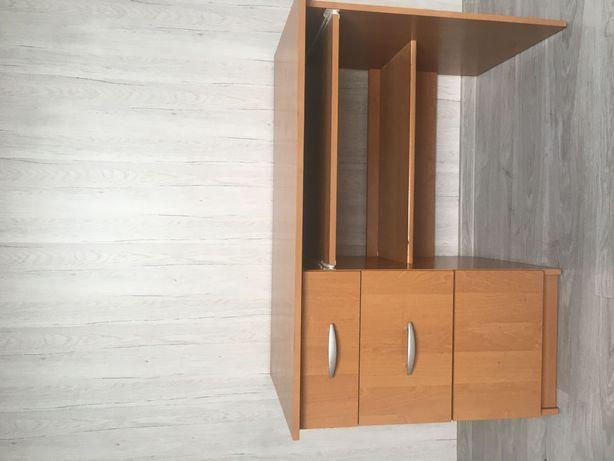 Duże biurko do pokoju dziecka