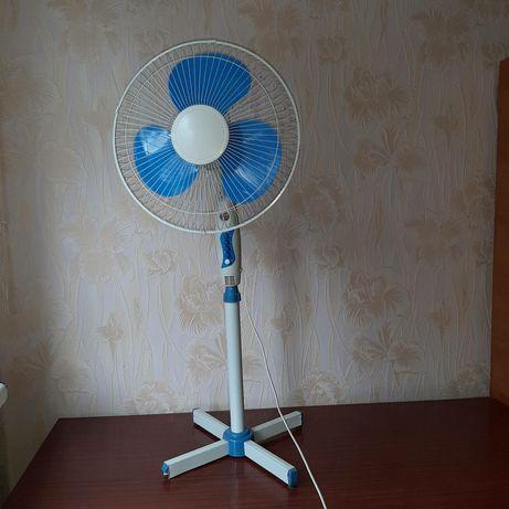 Продам вентилятор напольный