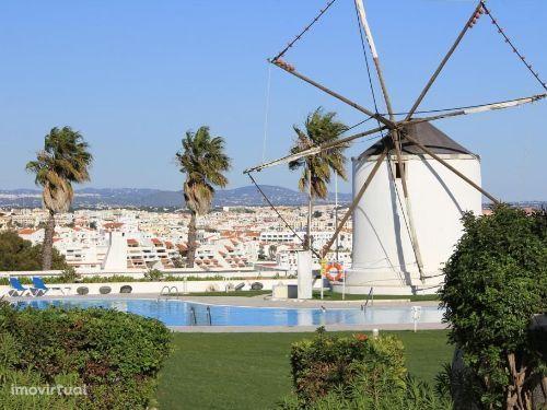 Apartamento T1 com Piscina perto da Praia, Grandes Areas, Em Albufeira