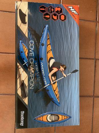 Vendo Kayak Cove Champion