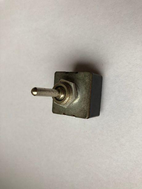 Przełącznik wyłącznik włącznik 2 pozycyjny 250V 2A