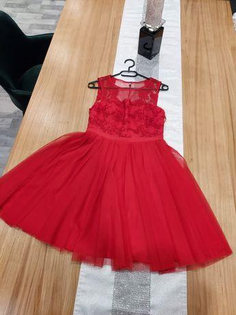 Czerwona sukienka z koronki 36/S rozmiar, tiul