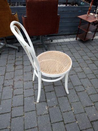 krzesla prl ratia biale