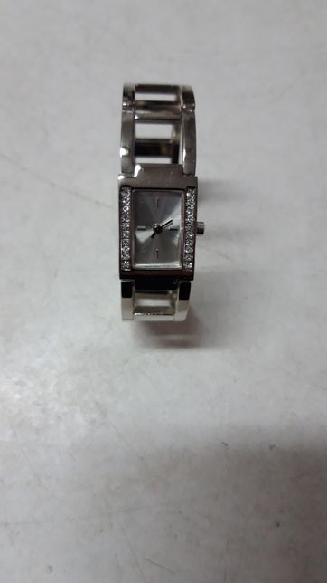Часы женские браслетом AVON