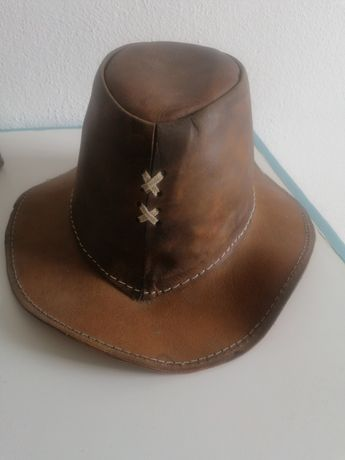 Chapéu camurça novo