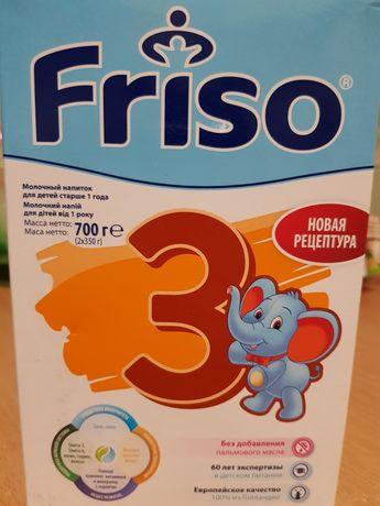 Молочный напиток для детей старше года Friso 3